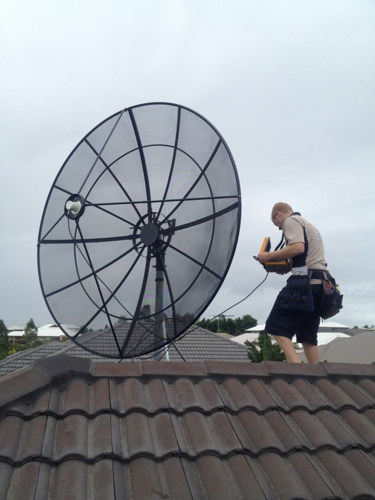 Installation of a CBand 2.4m dish